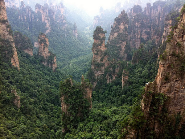 Take an electric torch with you in Zhangjiajie tour