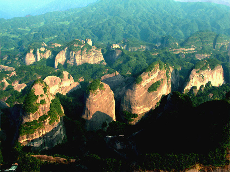 The Bajiaozhai National Forest Park:Eight-Angle Mountains