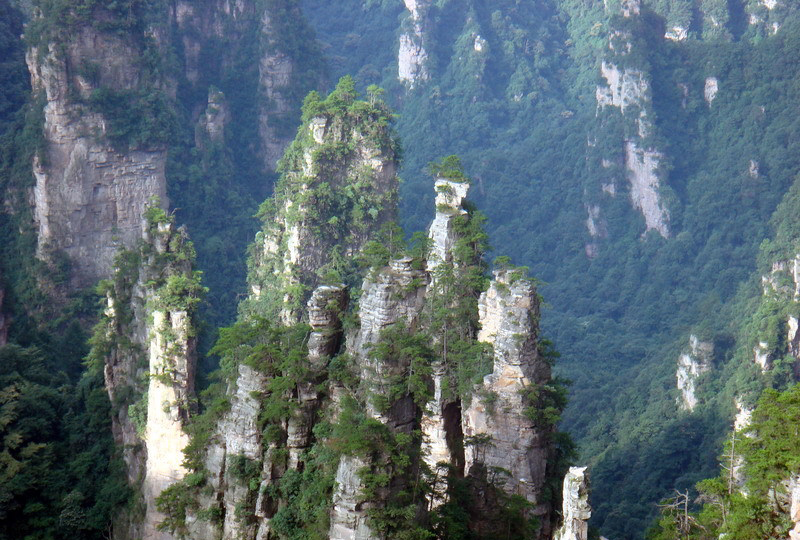 Zhangjiajie--a stunning world(travel with Zhangjiajie Tour Club)