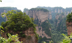 The Best 3-Day Tour for Backpackers in Zhangjiajie