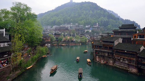 8 Days in Zhangjiajie,Fenghuang and Xiangxi Classic Tour